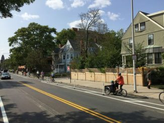SIGN OUR PETITION: Support Building the Cambridge Protected Bike Lane Network by 2023
